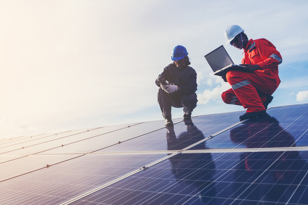 الطاقة الشمسية، الطاقة المتجددة