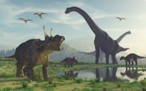 عبر الحمض النووي: هل يمكن أن نعيد الديناصورات إلى الحياة؟