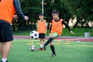 دليلك للتعرّف إلى آثار التدريب الرياضي على الأطفال