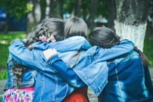 5 طرق فعّالة للاستثمار في علاقتك بالآخرين