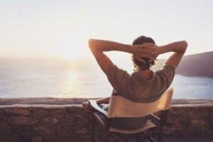 نصائح تساعدك على عيش الحياة بسعادة