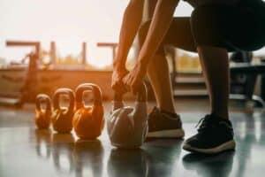العواقب الخطيرة للإفراط في ممارسة التمارين الرياضية